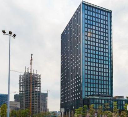 中洲国际控股中心 46寸商显触摸拼接桌